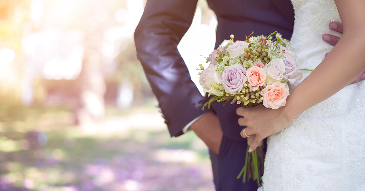 13 Ways To Save Money On Your Wedding