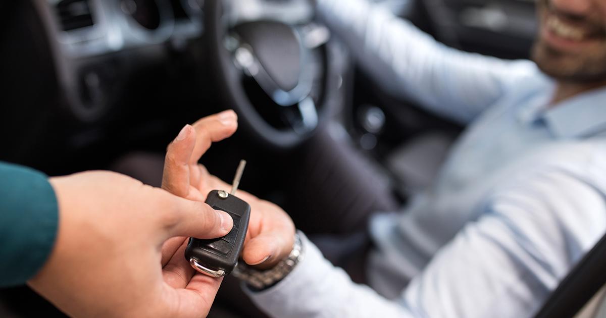 auto lease vs buying